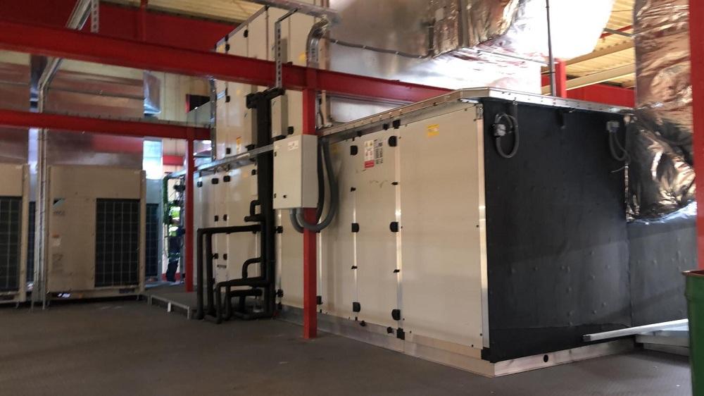 Instalaciones de climatización de COCA COLA